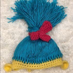 Trolls knitted hat smidge